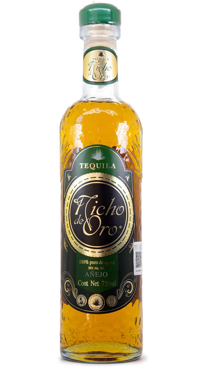 Bottle of Nicho de Oro Añejo