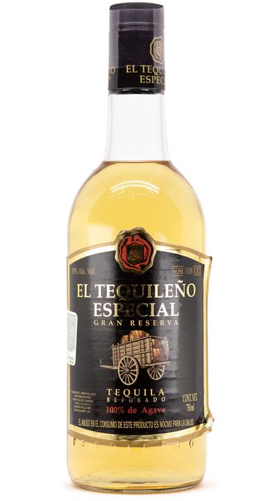 Bottle of El Tequileño Especial Gran Reserva Reposado