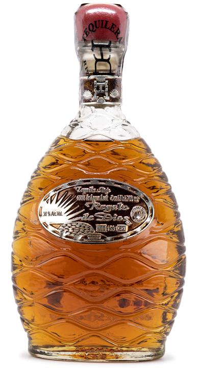 Bottle of Regalo de Dios Tequila Añejo