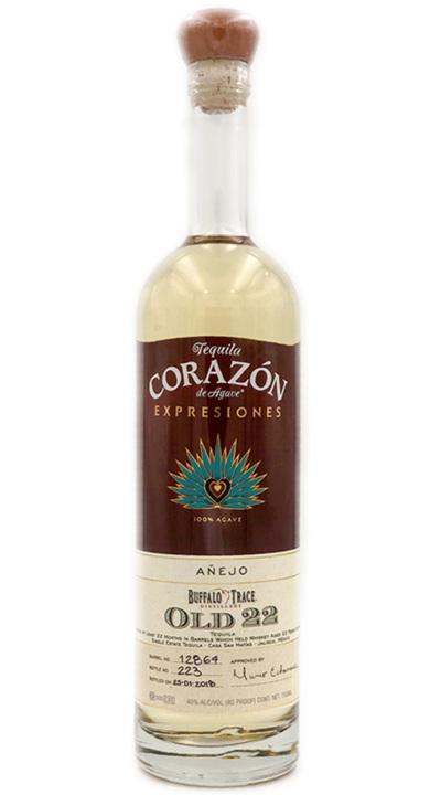 Bottle of Expresiones Del Corazón Buffalo Trace Old 22 Añejo (2018)