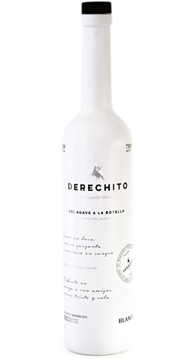 Bottle of Derechito Blanco