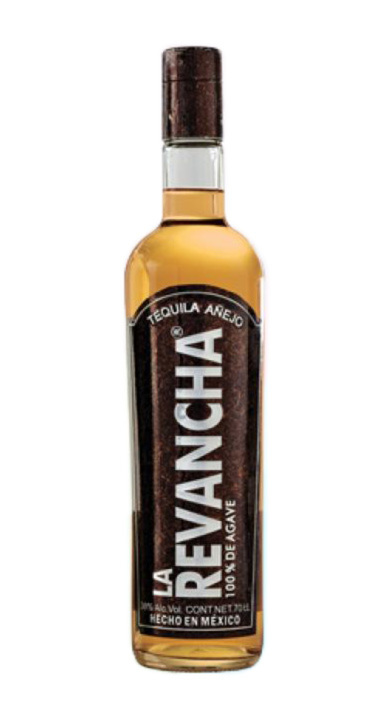 Bottle of La Revancha Añejo