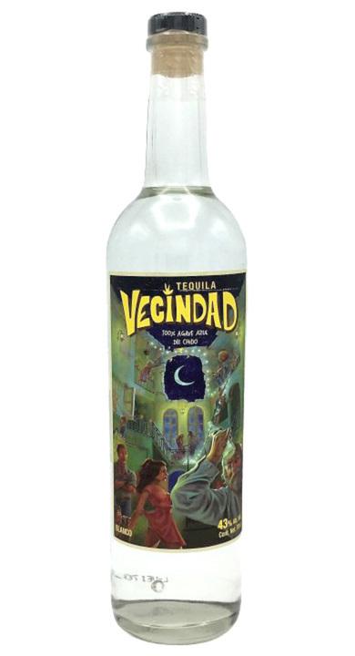 Bottle of Tequila Vecindad Blanco