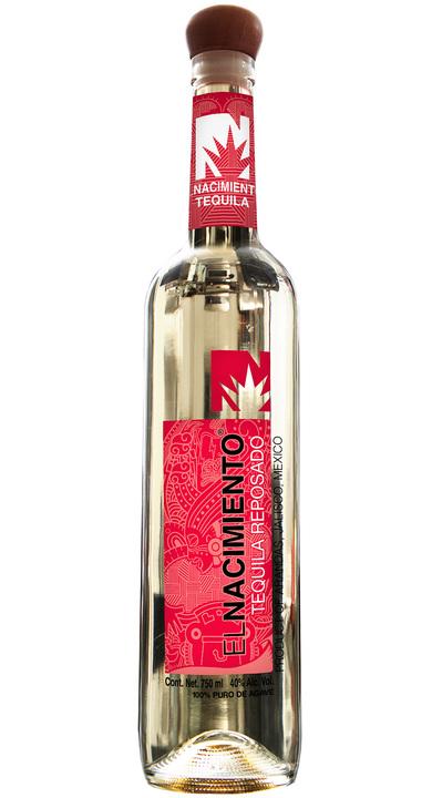 Bottle of El Nacimiento Reposado