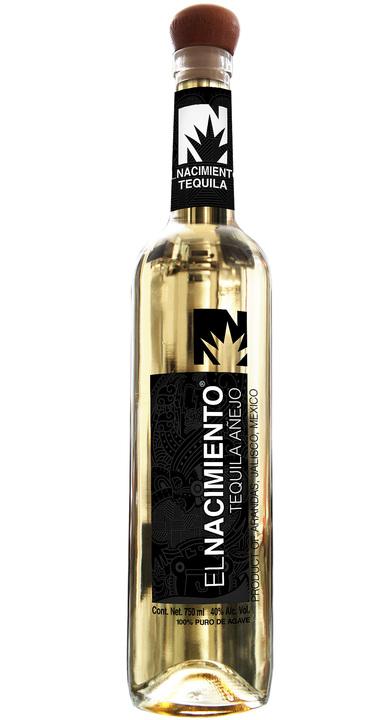 Bottle of El Nacimiento Añejo