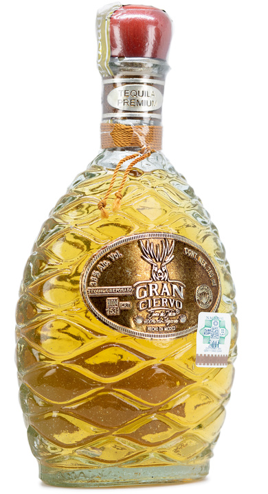 Bottle of Gran Ciervo Reposado