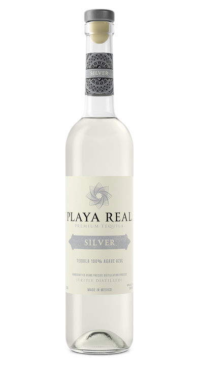 Bottle of Playa Real Silver
