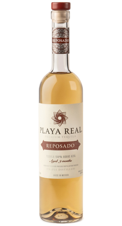 Bottle of Playa Real Reposado