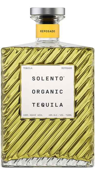 Bottle of Solento Organic Tequila Reposado
