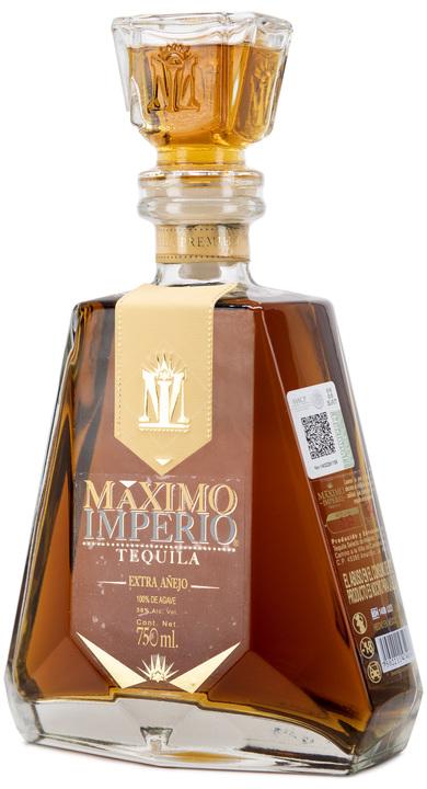 Bottle of Maximo Imperio Extra Añejo