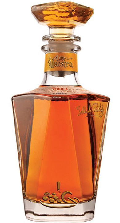 Bottle of Lote Maestro Reposado