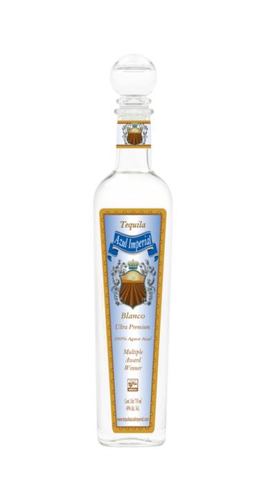 Bottle of Azul Imperial Blanco