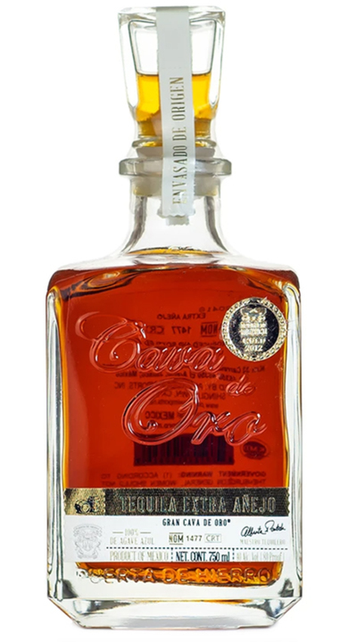 Bottle of Gran Cava de Oro Extra Añejo