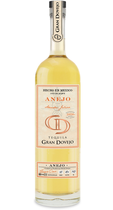 Bottle of Gran Dovejo Añejo