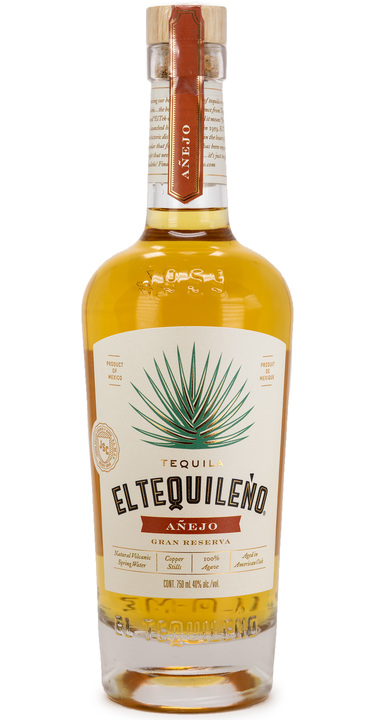 Bottle of El Tequileño Añejo