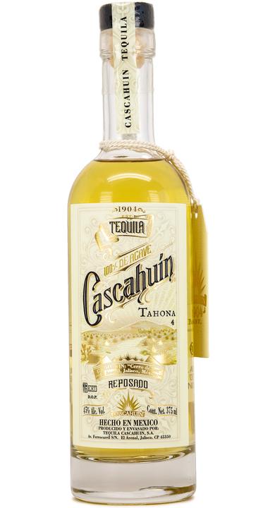 Bottle of Cascahuín Tahona Reposado