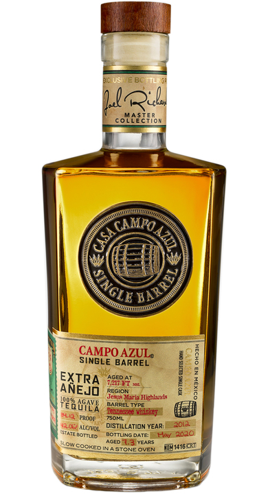 Bottle of Campo Azul Single Barrel