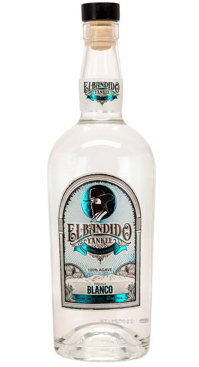 Bottle of El Bandido Yankee Blanco