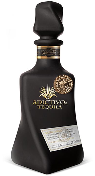 Bottle of Adictivo Tequila Extra Añejo Black