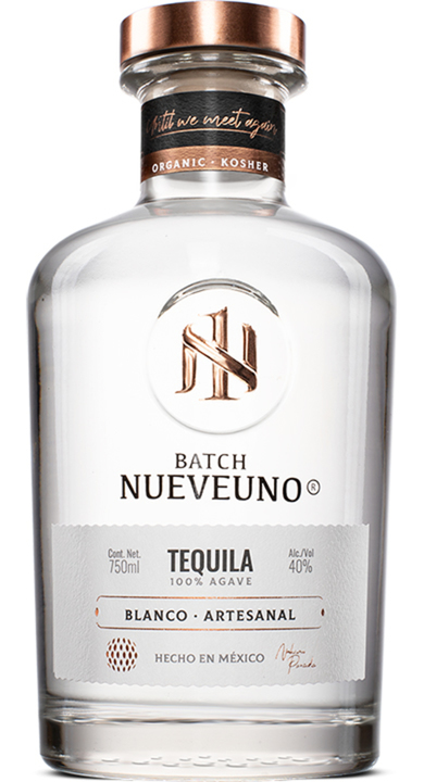 Bottle of Nueveuno Tequila Blanco
