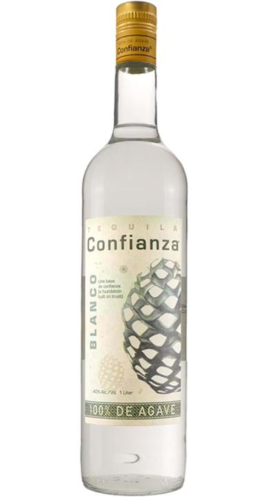 Bottle of Tequila Confianza Blanco
