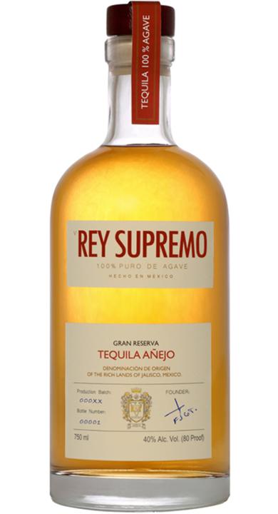 Bottle of V Rey Supremo Añejo