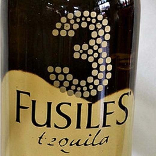 3 Fusiles Tequila